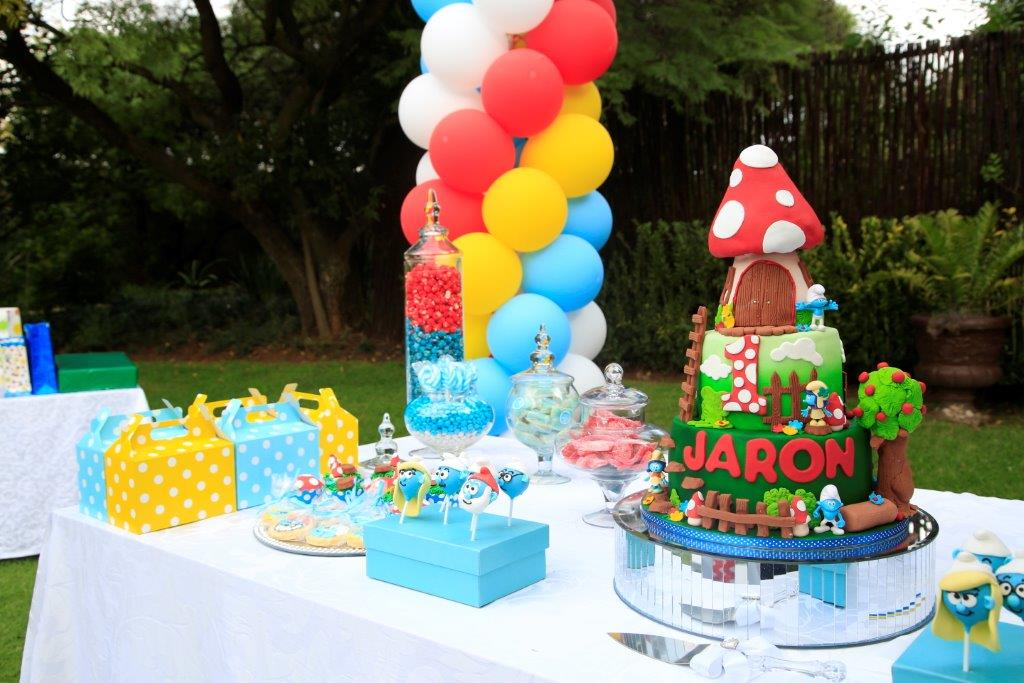Kids cakes are meant to be colourful and tasty, we do it right